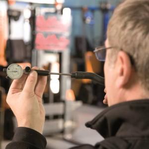 Qualitätssicherung Sichtkontrolle Messung und Funktionsprüfung